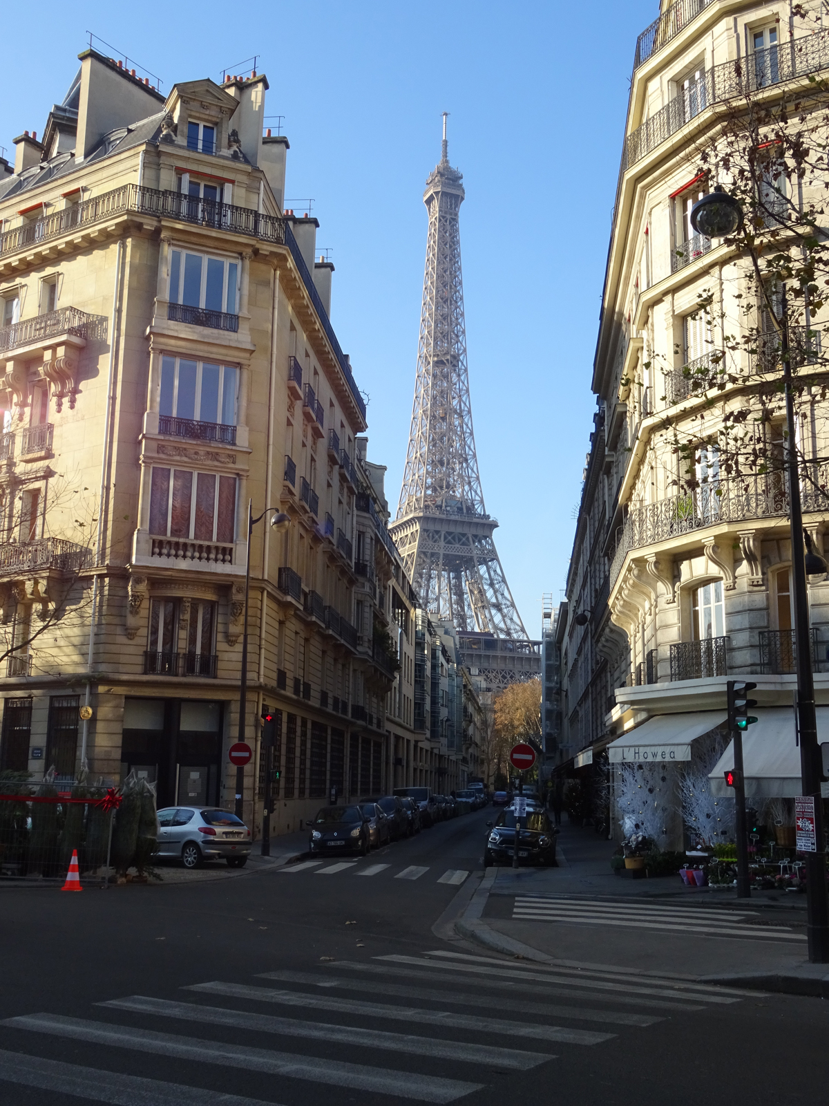 Streets near the Eiffel tower